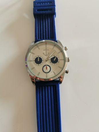 Gumowy zegarek