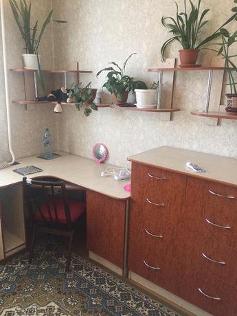 БЕЗ ПОСЕредрикив здаеться окрема кимната для однои або двох дивчат