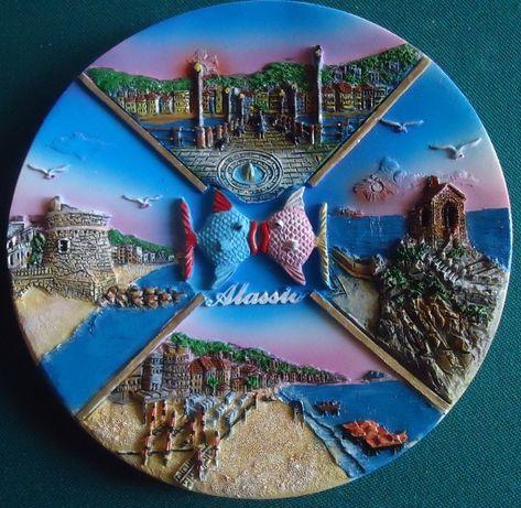 Сувенирная настенная тарелка из Италии