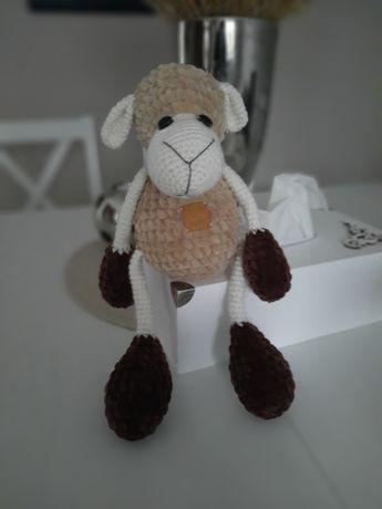 Miś owieczka robiona na szydełku amigurumi 30 cm