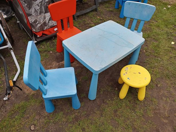 Stolik i krzesełka mamut