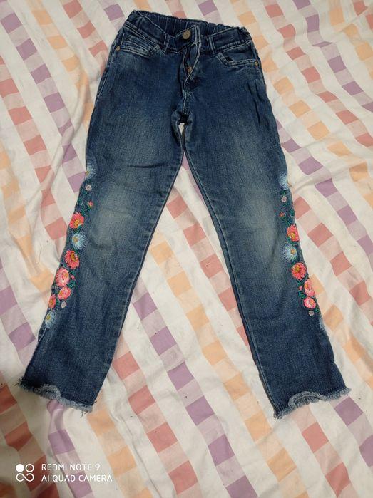 Отдам бесплатно джинсы на девочку  на 5 - 6 лет Шостка - изображение 1