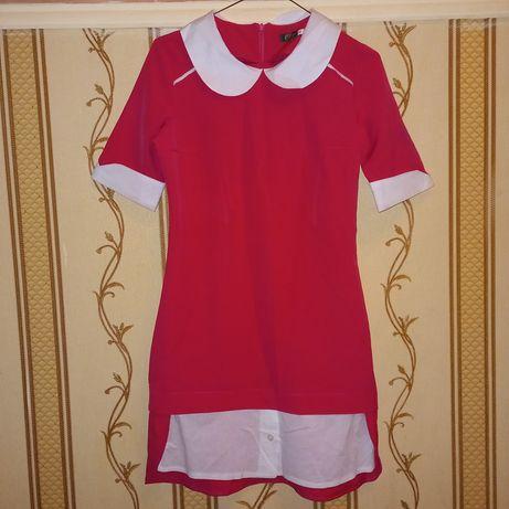Продам платье малиновое
