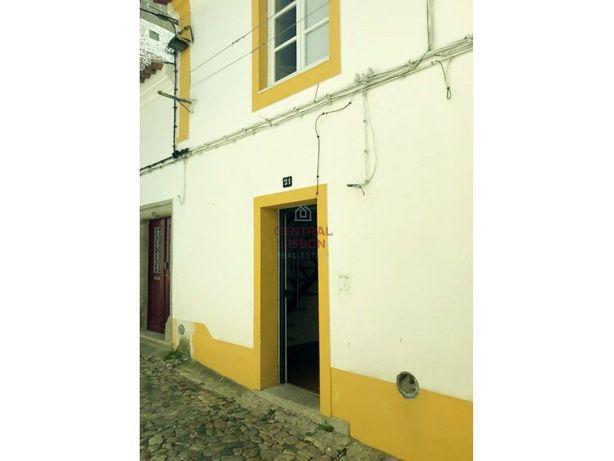 Apartamento T2 - Centro Histórico de Évora - Arrendamento
