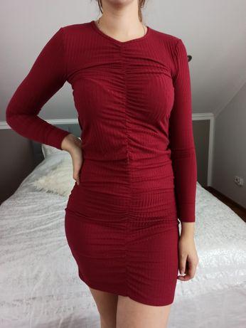 Piękna bordowa sukienka S