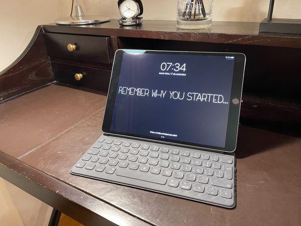 iPad Pro 10,5 256 gb Cinzento Sideral (2018) + Teclado + Capa