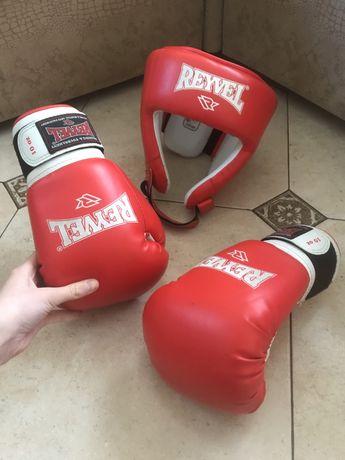 Боксерские перчатки и шлем reyvel
