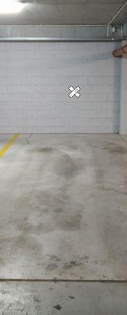 Miejace postojowe w garazu podziemnym Marcholta
