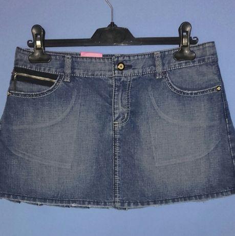 Jeansowa spodniczka r.36