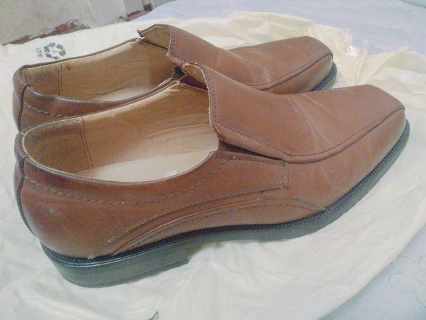 Кожаные туфли Canda