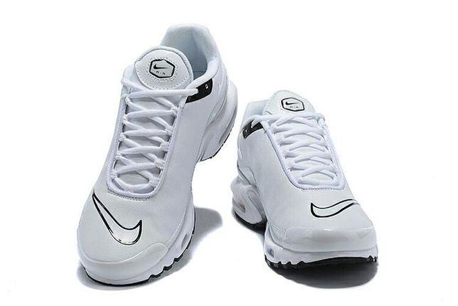 Adidasy Nike Air Max PLUS TN 46