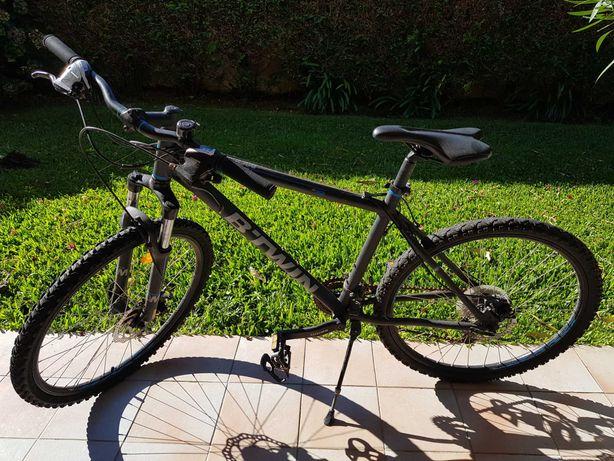"Bicicleta BTT BTWIN Rockrider 500 26"" (como nova)"