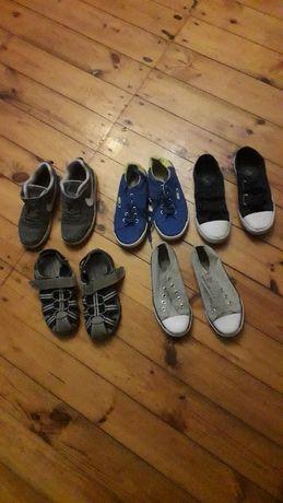 tenisówki, buciki sportowe, sandały i baleriny. Obuwie firmowe.