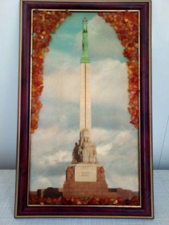 Картина с янтарем. Памятник Свободы. Латвия. Рига. 60е годы.