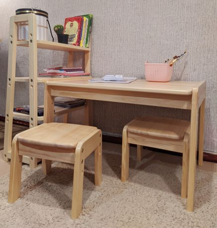 Столик и стульчик регулируемый деревянный. Детский стол и стул