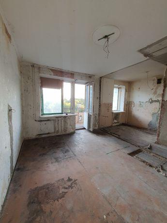 Однокомнатная квартира    .Цена 18500 с торгом ..до 20.10 ПОСПЕШИТЕ