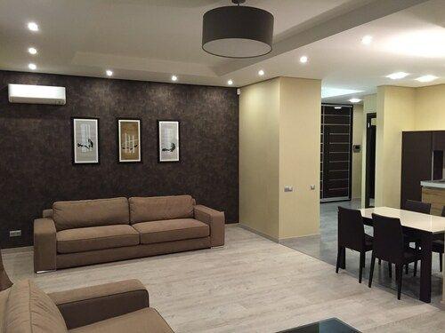 3-комнатная (150 м2) квартира на Турнегеневской 46/11, Цирк, Черновола