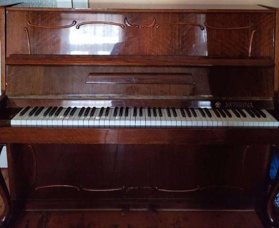 Продам фортепиано Украина в отличном состоянии