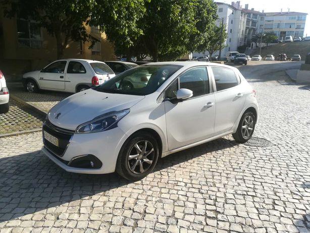 Peugeot impecável