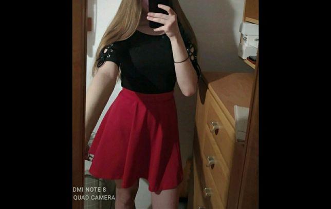 Czerwona spódniczka z wysokim stanem FB sister xs Nowa
