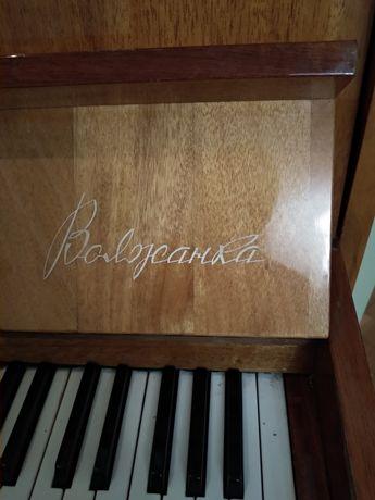 Фортепіано Волжанка в дуже хорошому стані