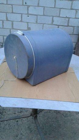 Корпус для ведра или пакета под мусор,на кухне