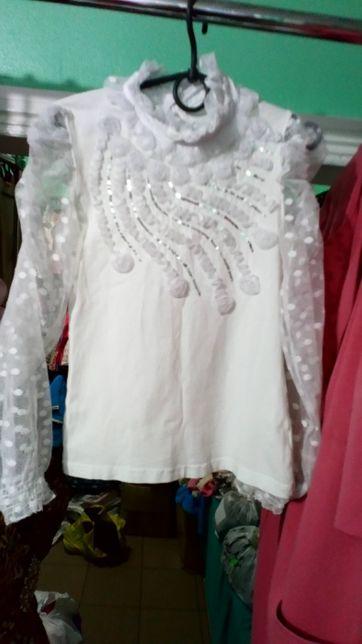 Нарядная белая блузка