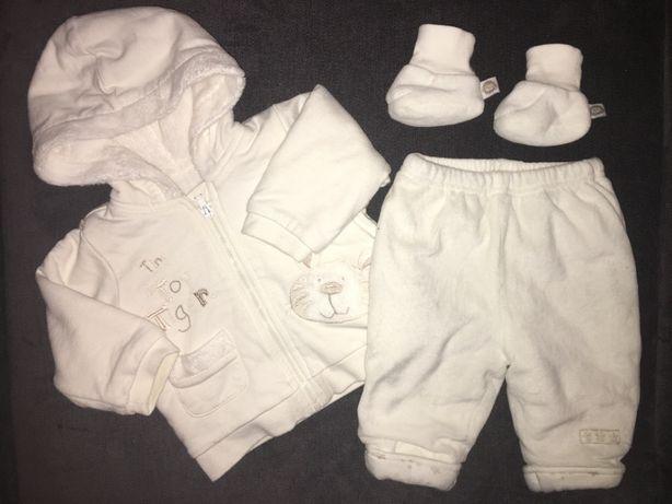 Zestaw bluza, spodnie i buciki rozmiar 62 / 68