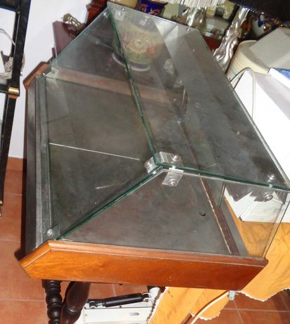 Vitrina vidro com luz e aquecimento