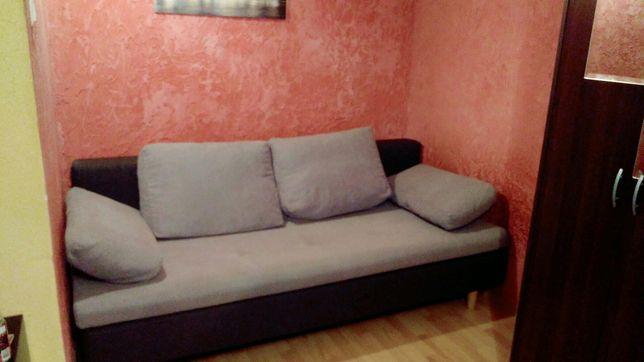 Piękna, wygodna, prawie nowa sofa 3 osobowa z funkcją spania