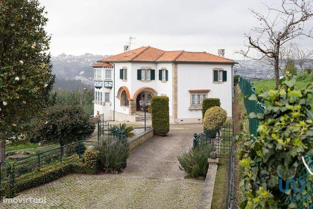 Moradia - 465 m² - T11