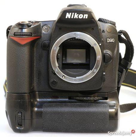 Aparat Nikon D90 body + grip