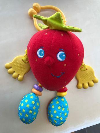 Игрушка клубничка для малышей