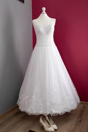 Suknia ślubna z welonem r 38-40