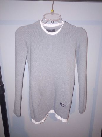 Sweter r146 z Reserved