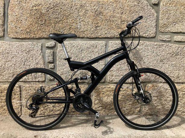 Bicicleta roda 26 com travões de disco