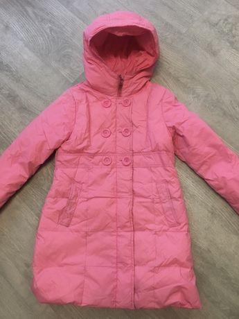 Весенняя куртка для девочки на рост 140см