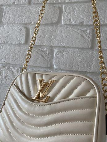Biała torebka Louis Vuitton