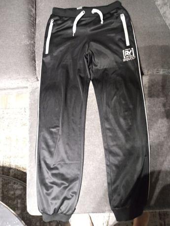 Spodnie dresowe Reporter r.164