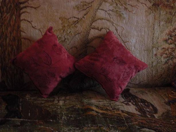 Диванные подушки Новые