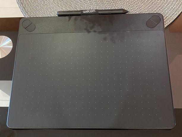 Графический планшет Wacom Intuos M Pen&Touch CTH-690