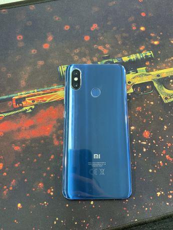 Xiaomi mi 8 6/64 blue 10 из 10