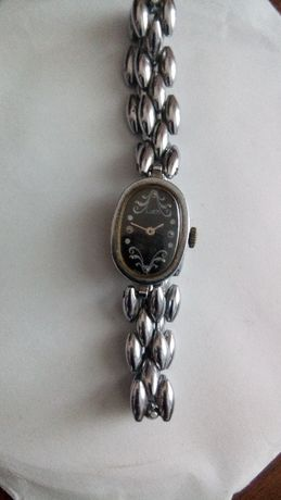 Женские часы Луч