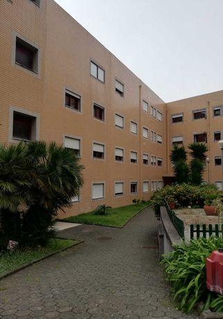Apartamento T1 +1 em  Arcozelo