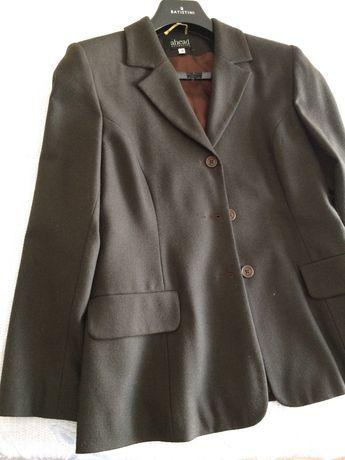 Fato em fazenda fina 38 , castanho escuro com casaco e calça