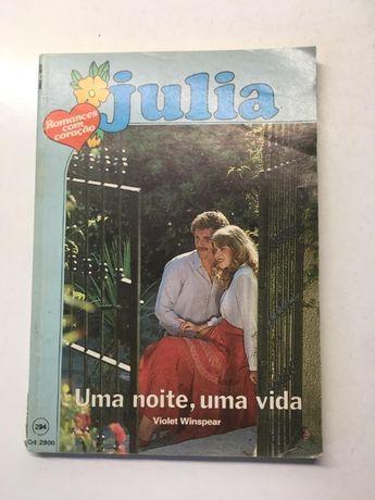 Livro - 'Julia' - Uma Noite, Uma Vida