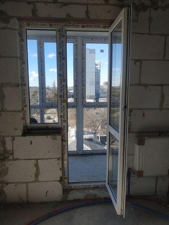 Балконный блок (окно+дверь) 220х120х1330