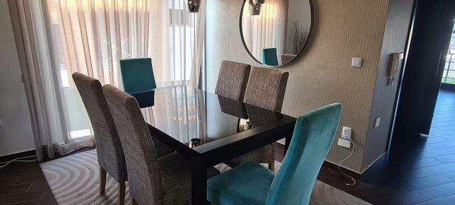 Mesa de jantar extensível 180-240 cm