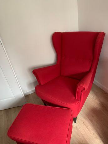 Fotel i podnóżek IKEA Strandmon