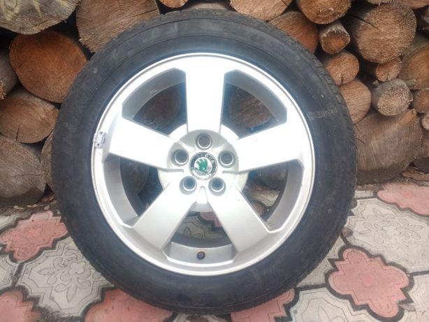 Комплект из 5 оригинальных дисков для автомобилей SKODA.